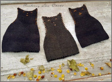 Black Cat Needle Book E-pattern
