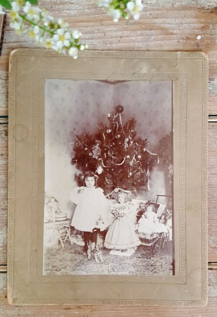 Old Christmas Cabinet Card Photo