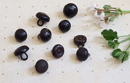 Lot of 10 Old Shoe Buttons (free shipping in U.S.)