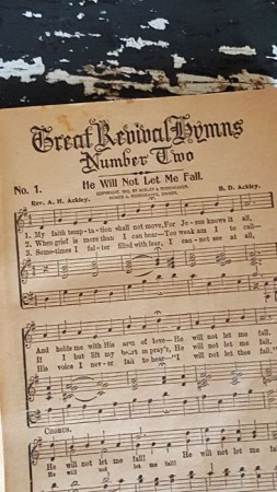 Old Hymn Book - Great Revival Hymns