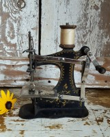 Tiny Toy Sewing Machine #495270