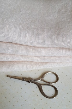 30 Count Light Khaki Weeks Dye Works Linen 16x24