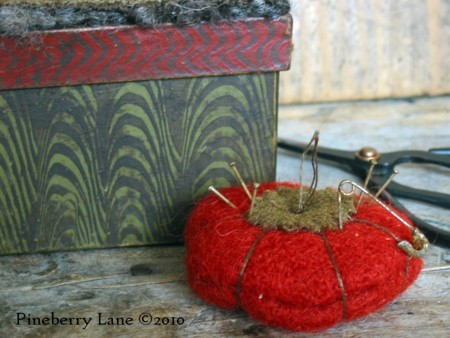 Tomato Garden Sewing Box E-pattern
