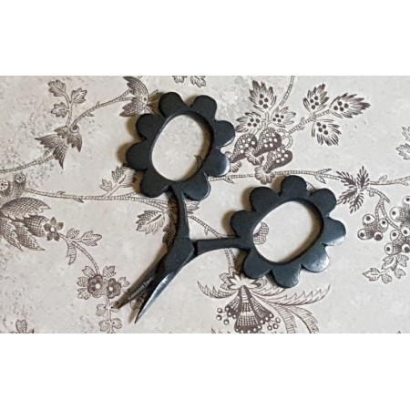 Flower Power Scissors - Matte Black