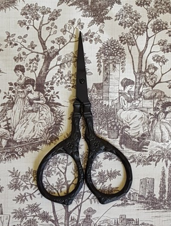 Tudor Rose Scissors - Matte Black