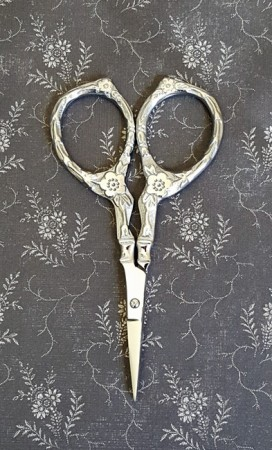 Tudor Rose Scissors - Silver